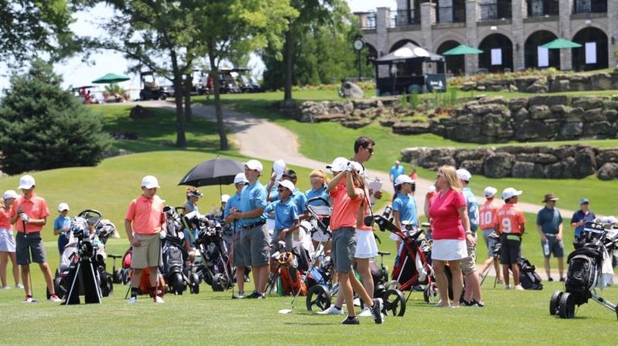 Junior Golf - The Legend Clubs